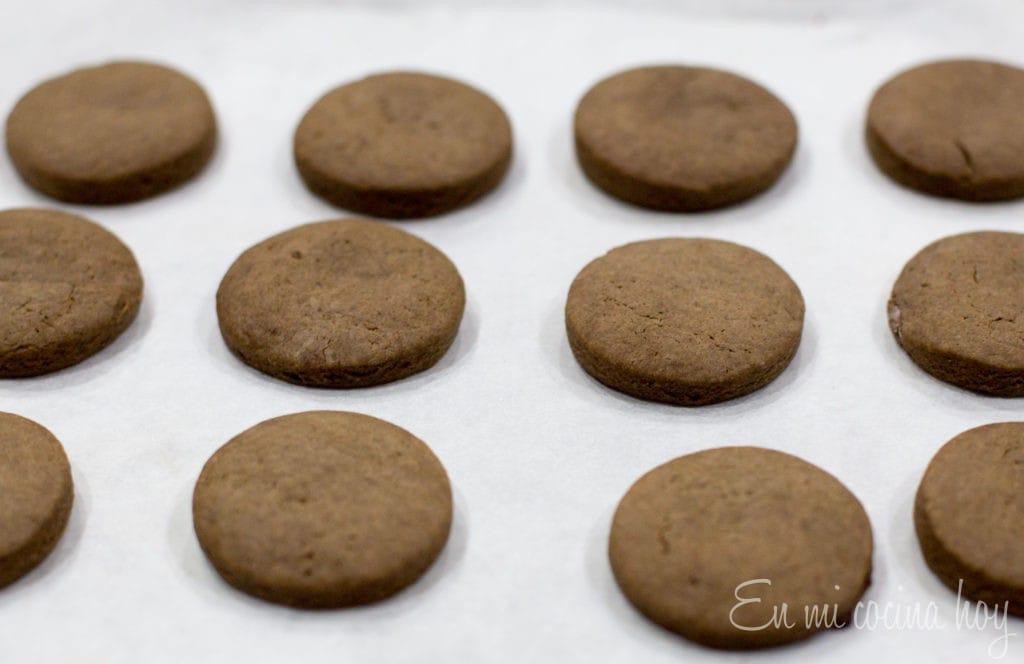Alfajores de chocolate y manjar