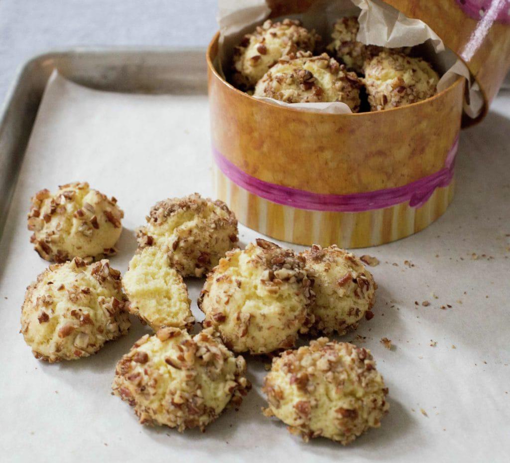 Chilean Walnut Cookies