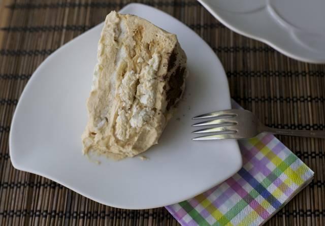 receta torta merengue lúcuma