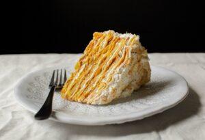 Pompadour Chilean Cake