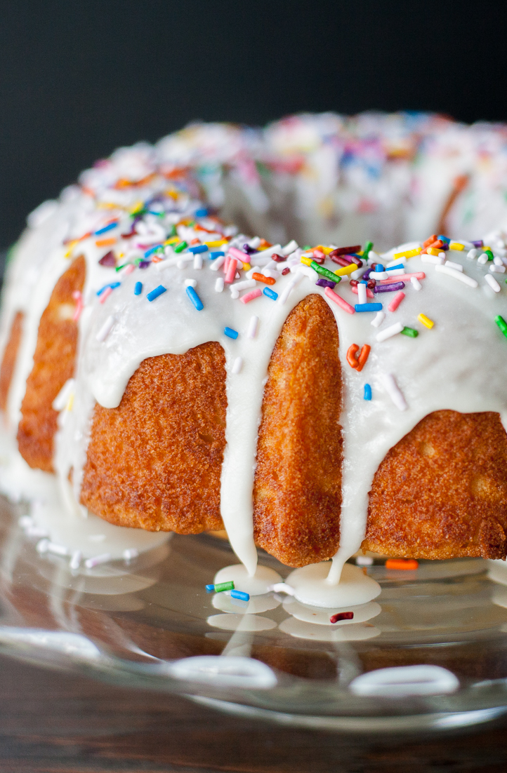 Basic Chilean Bundt Cake