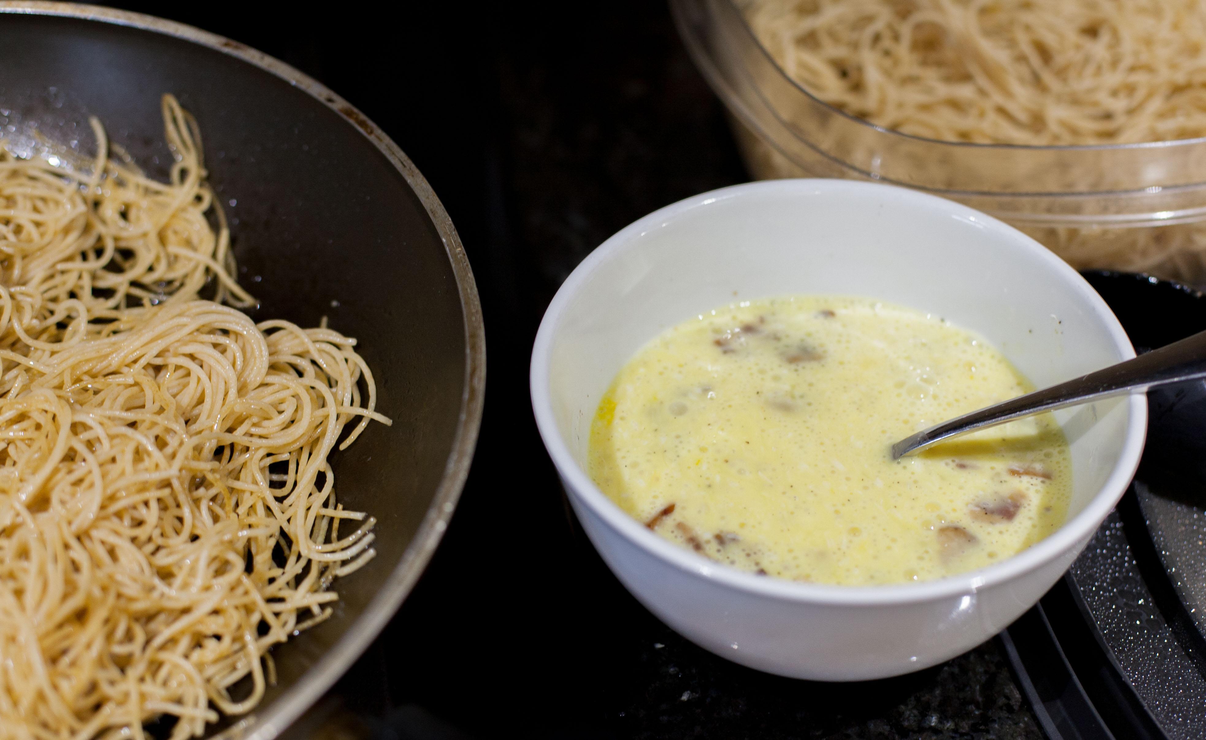 Tallarines con huevo, receta chilena