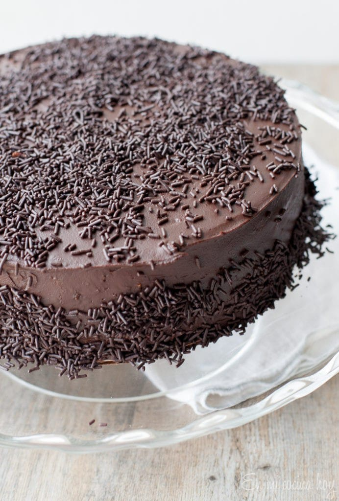 Thin Layers Chocolate Cake (Torta de panqueque)
