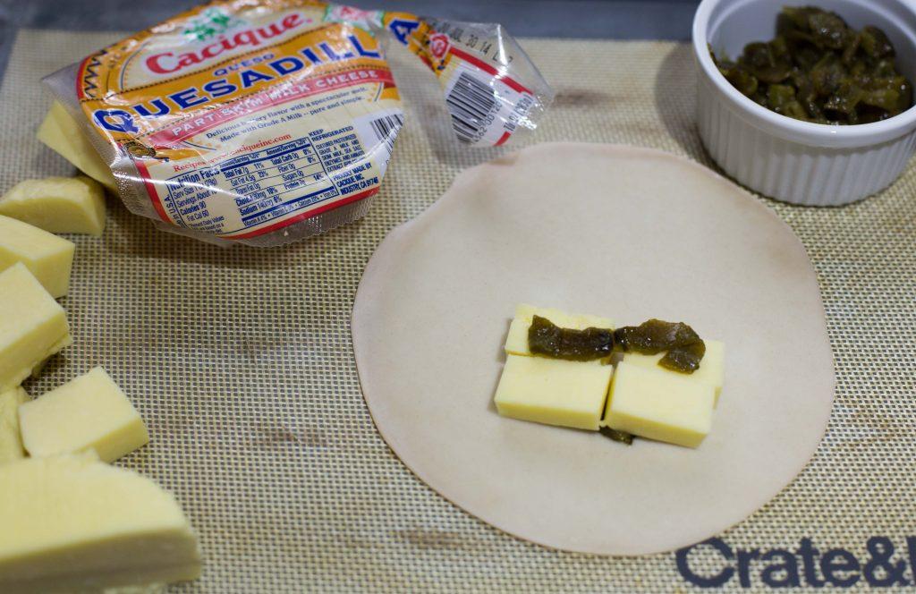 Empanadas de rajas poblanas y queso