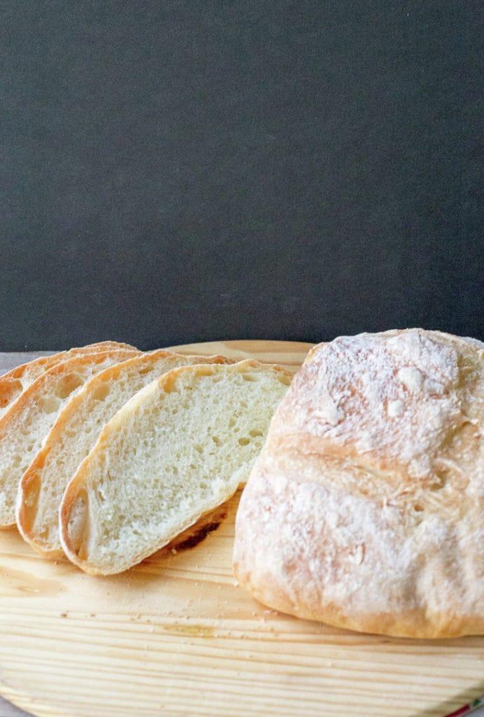 No-knead country bread
