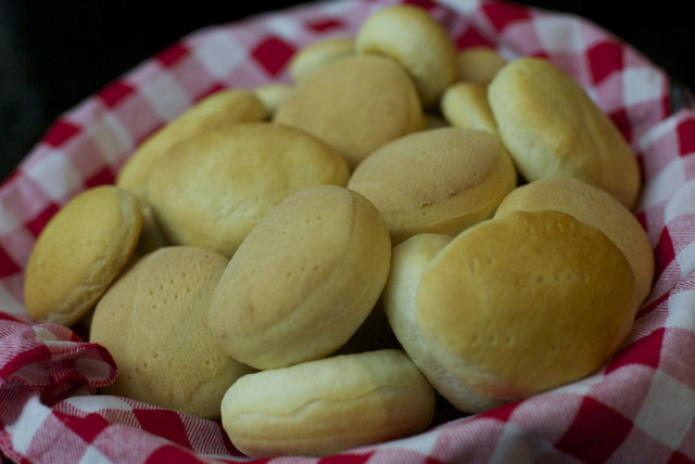 Hallullas, Chilean Bread
