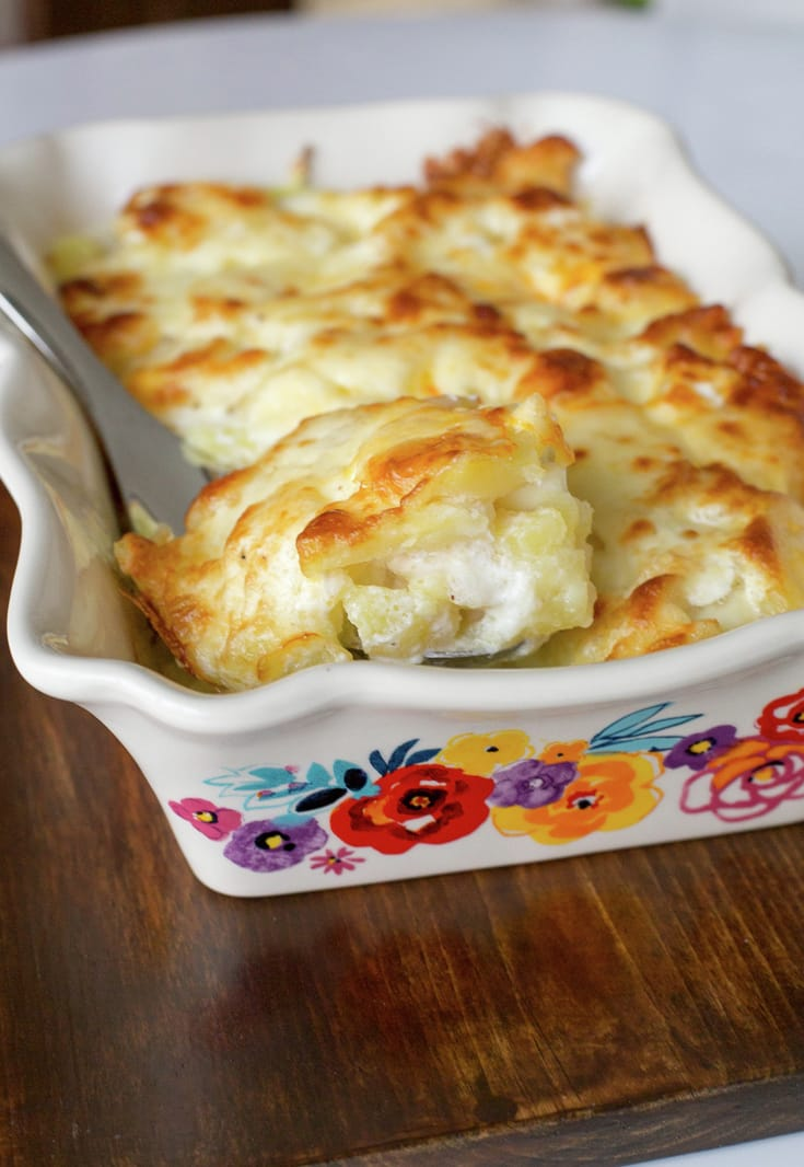 Scalloped Potatoes in White Sauce. A classic Chilean side dish.